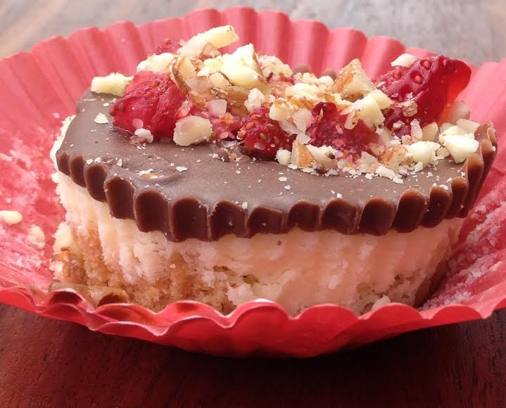 Easy Cheesecake Treats for Your Valentine