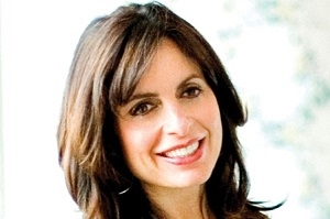 Best-selling author Lisa Bevere Visits ATS LIVE